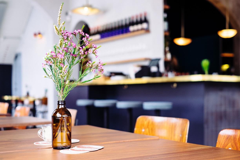 obslujivanie_v_restorane