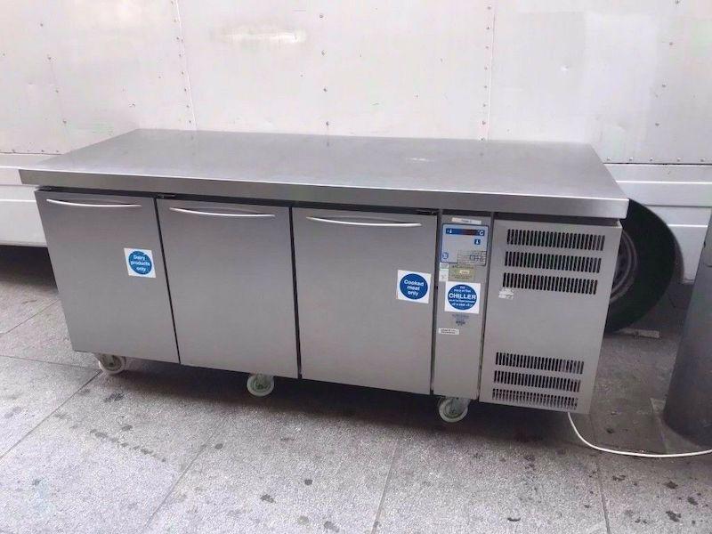 Холодильное оборудование для кафе и ресторанов