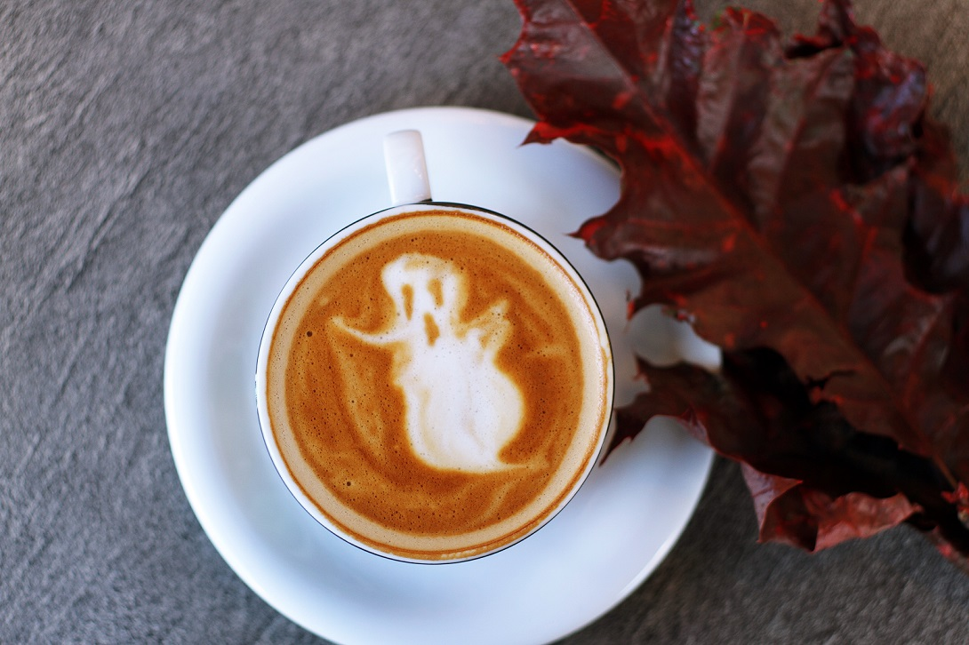 halloween marketing ideas for restaurants and pubs — poster